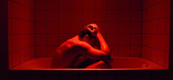 Cannes-2015-seksromance-van-Gaspar-No-schopt-een-schandaal-tje--photo-600x280